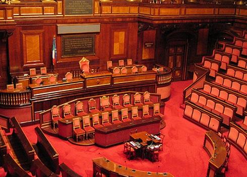 Barani e marcucci camera e senato consentono proiezione for Camera del senato
